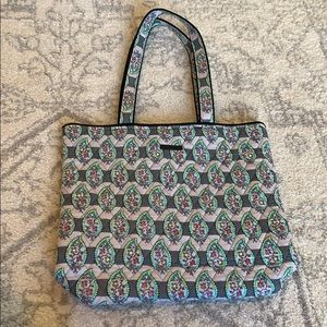 Vera Bradley Hollywood Tote in Paisley Stripes